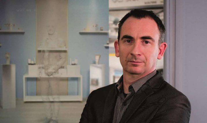 BLR agencement - BLR, concepteur, constructeur et agenceur de bijouteries sur mesure, fête ses 30 ans ! Trois décennies d'innovations.