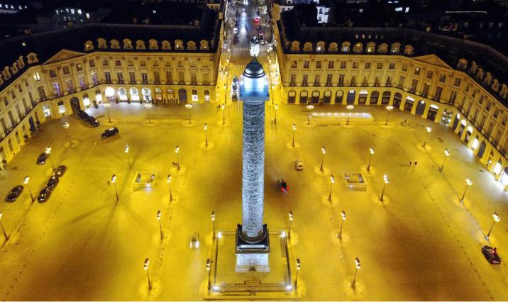 FASHION PARIS 2021 : PLACE VENDÔME À PARIS EN MARS 2021
